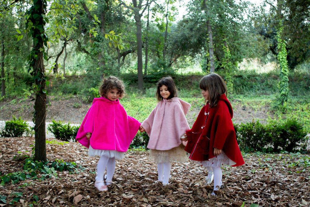 cappotto mantellina da bambina