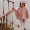 mantella in pelliccia da bambina di colore cipria fino a 5 anni di età