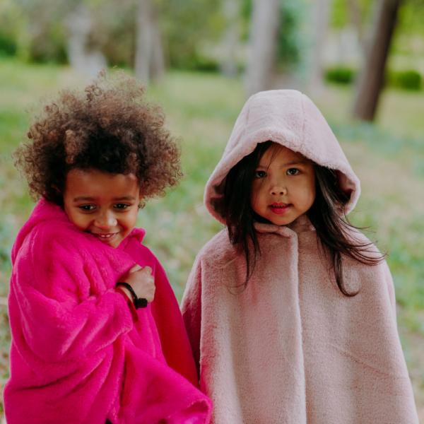 mantella pelliccia fuxia ecologica da bambina