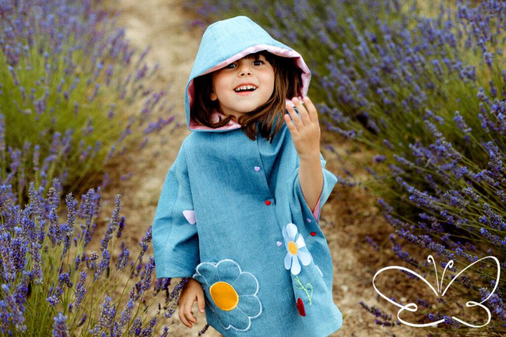 mantelline bambine fatte a mano in Italia